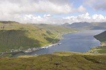 Faerské ostrovy - fjord